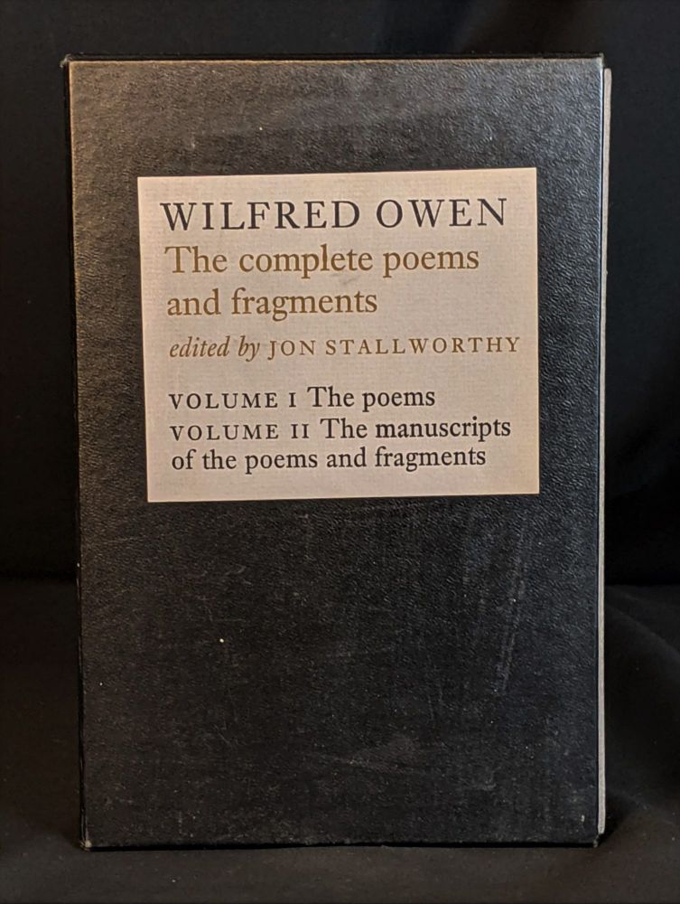Wilfred Owen: The Complete Poems and Fragments (2 volume set). Wilfred Owen, Jon Stallworthy.